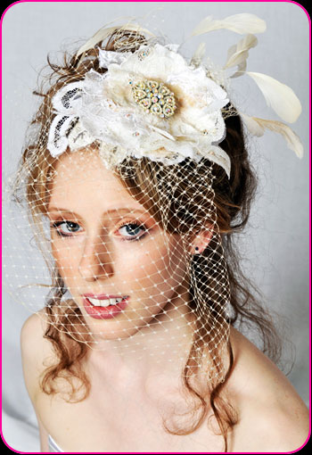 Bridal Veiled 40's hat with feathers and lace by Bellapacella